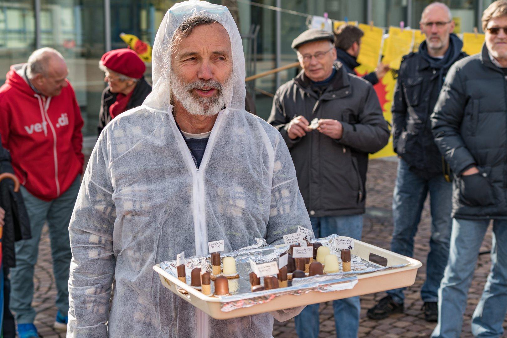 Tschernobyl-Mahnwache-16-04-26-31
