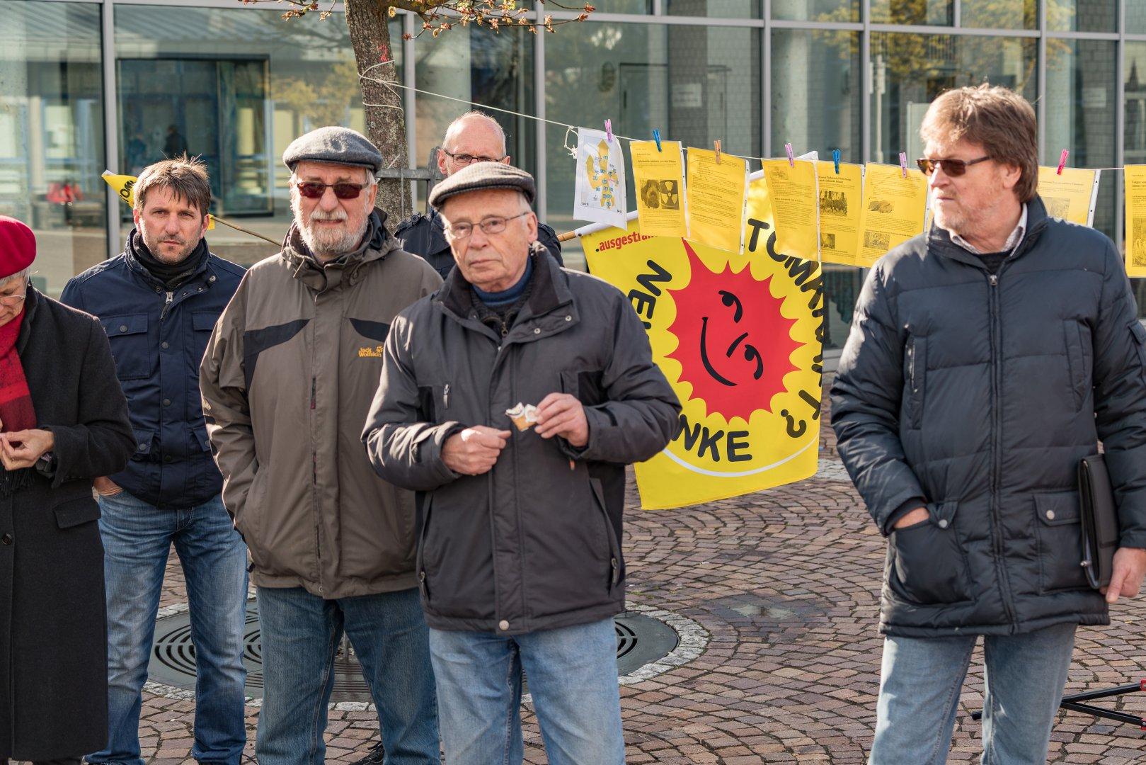 Tschernobyl-Mahnwache-16-04-26-34