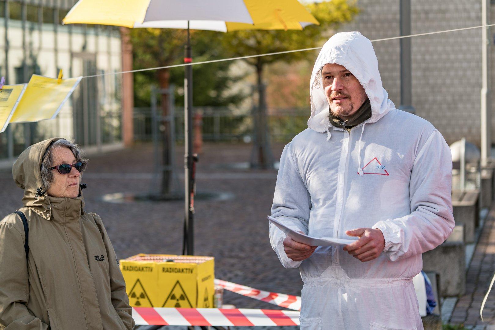 Tschernobyl-Mahnwache-16-04-26-57